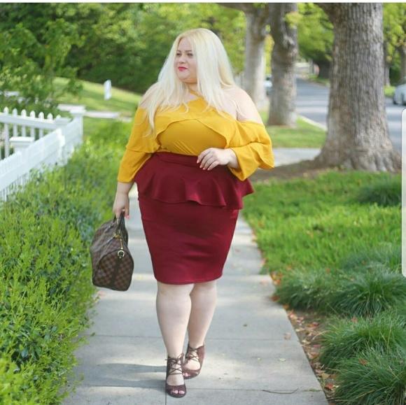 Dresses & Skirts - PEPLUM skirt